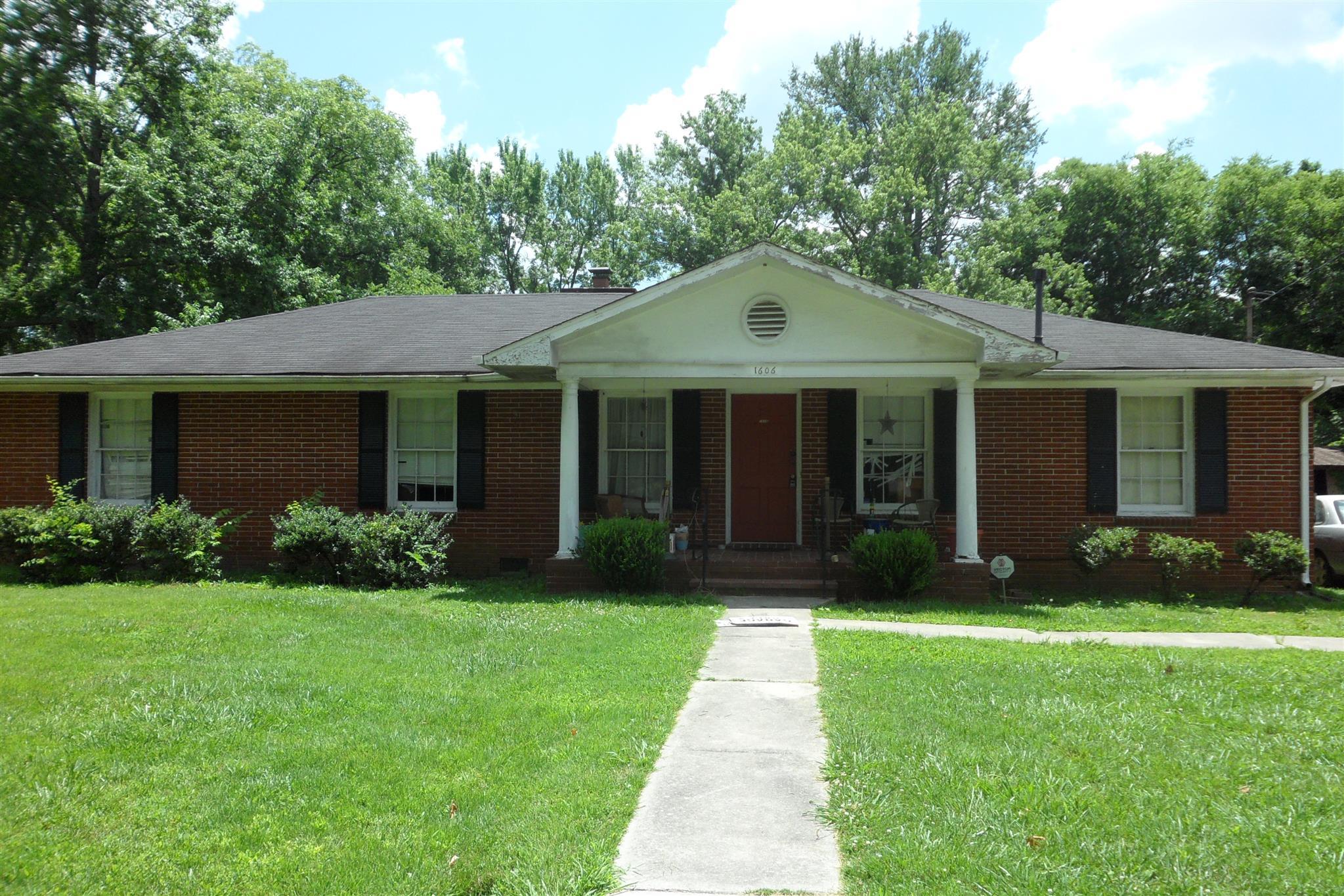 1606 Fowler St, Murfreesboro, TN 37130