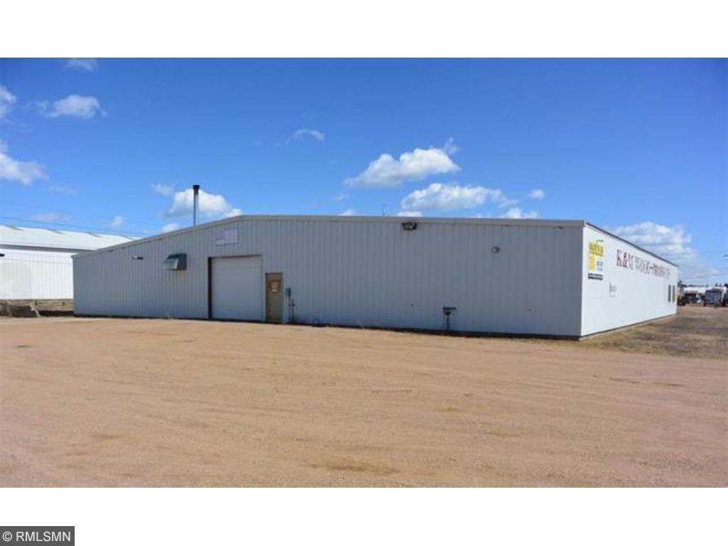 9 Commerce Rd, Babbitt, MN 55706