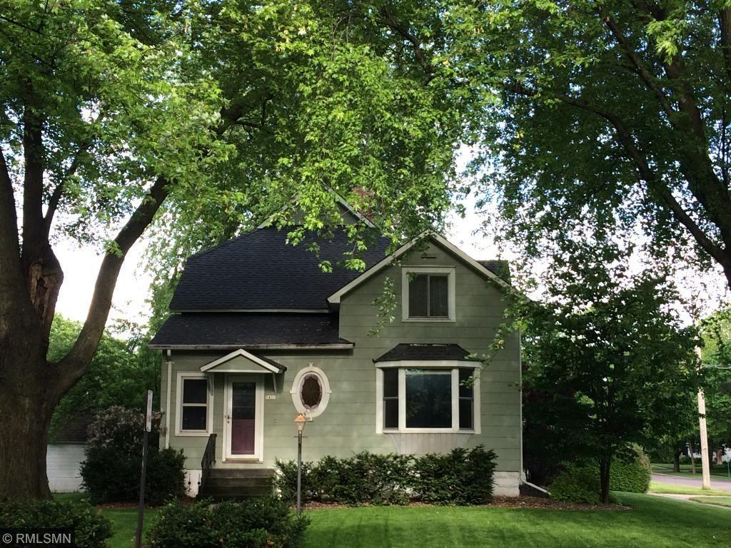 1431 Ford Avenue N, Glencoe, MN 55336