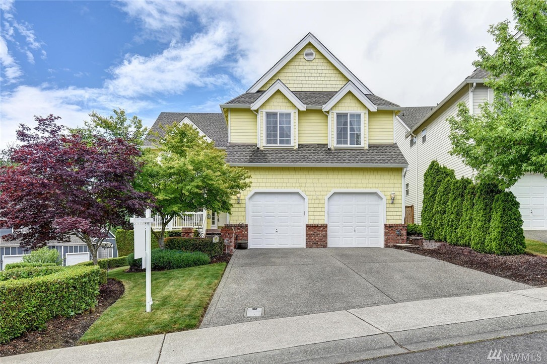 9818 S 220th Place, Kent, WA 98031