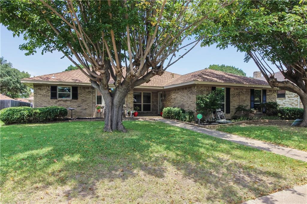 1811 Kensington Drive, Carrollton, TX 75007