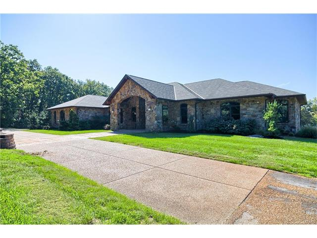 4609 Elder Road, Villa Ridge, MO 63089