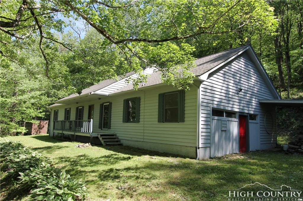 993 Hopewell Church Road, Boone, NC 28607