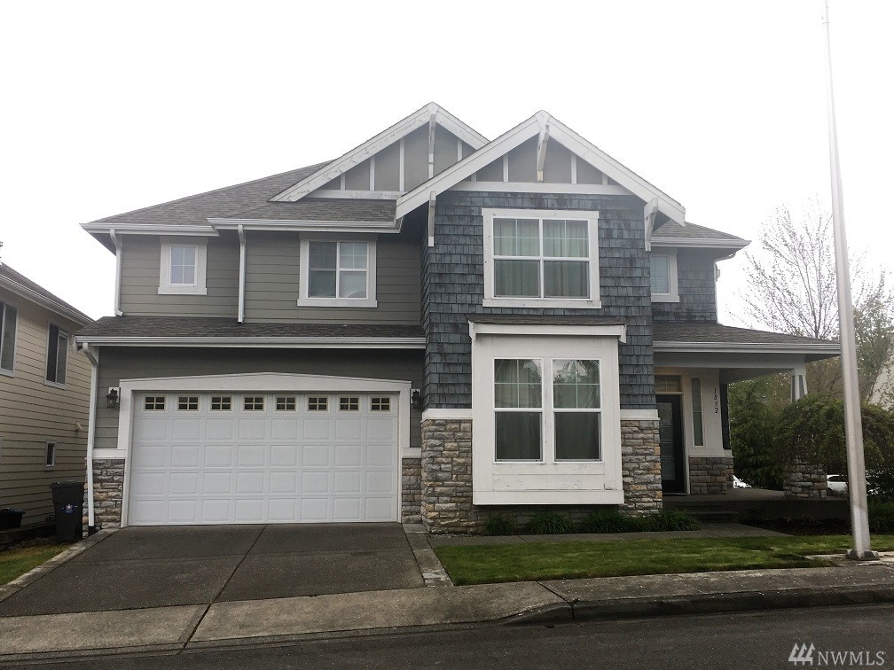 1832 SE 8th St, Renton, WA 98057