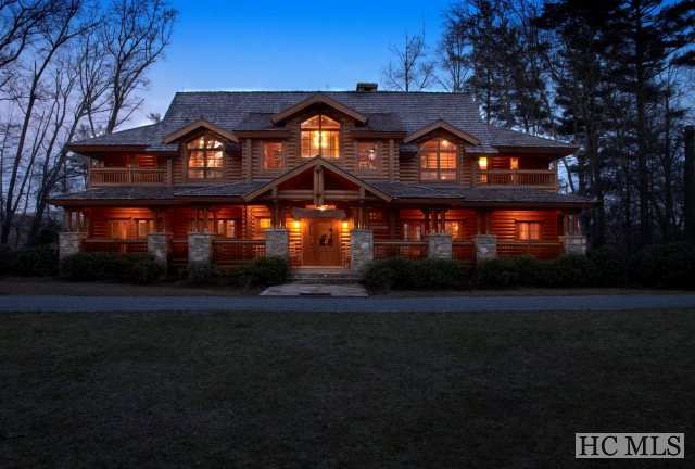 434 Lake Sequoyah Drive, Highlands, NC 28741