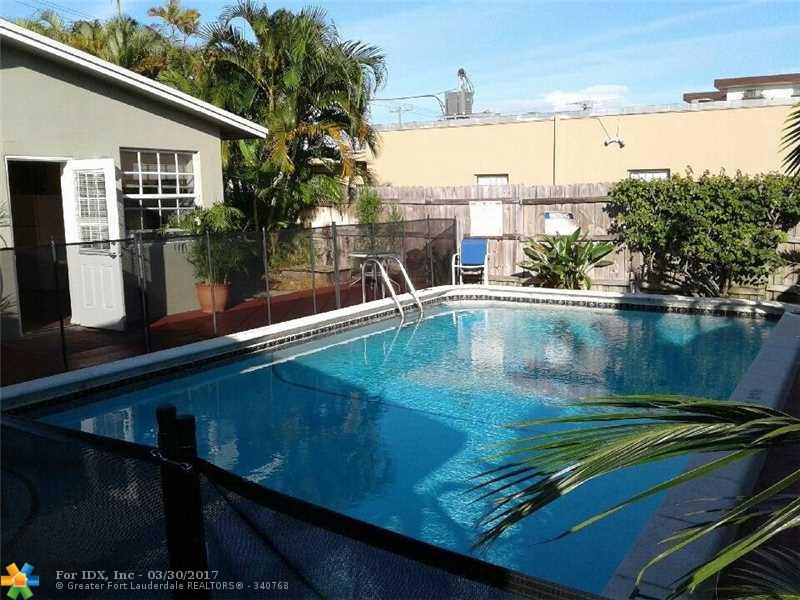 125 NW 25th St, Wilton Manors, FL 33311