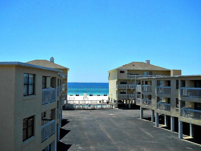 913 W Beach Blvd B-32, Gulf Shores, AL 36542