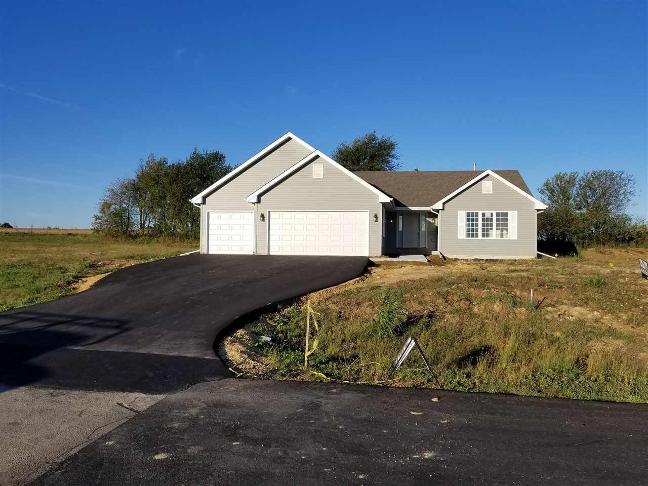 948 Whitebirch Lane, DAVIS JUNCTION, IL 61020
