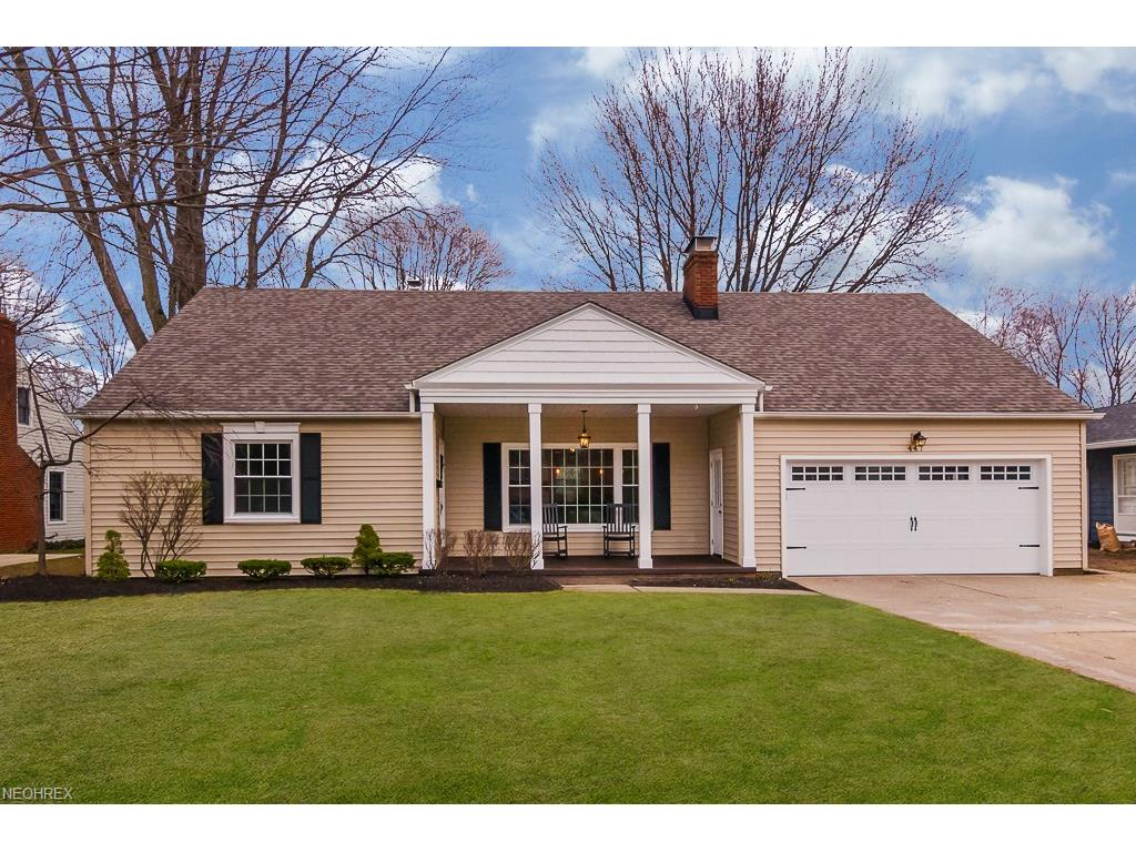 447 Powell Dr, Bay Village, OH 44140