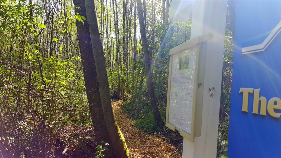 NE Emerald Lane, Poulsbo, WA 98370