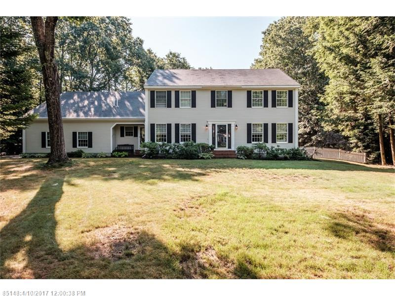 24 Brookside DR , Falmouth, ME 04105