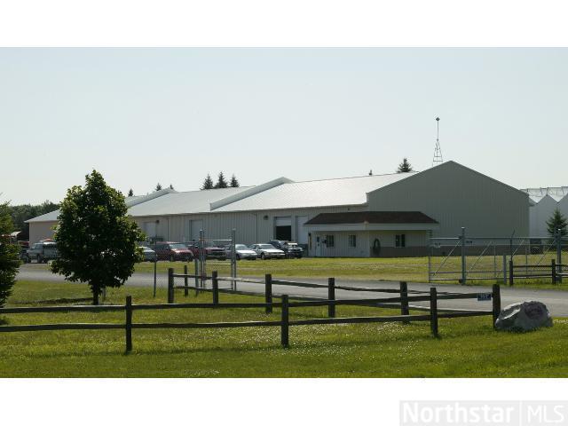 13915 Lake Drive NE, Columbus, MN 55025