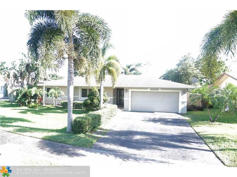 8360 SW 26th St, Davie, FL 33324