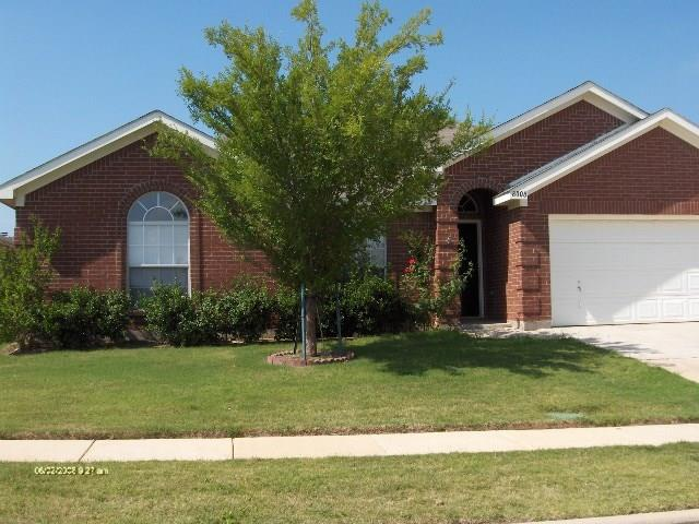 8008 MOURNING DOVE Drive, Arlington, TX 76002