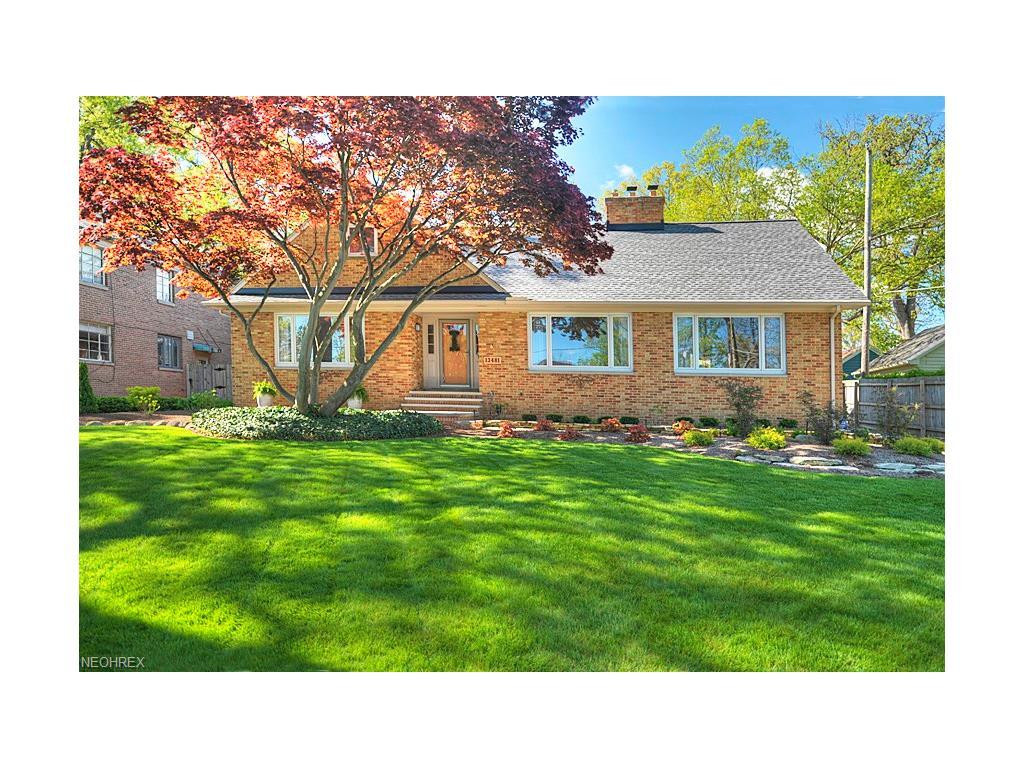 13481 Edgewater Dr, Lakewood, OH 44107