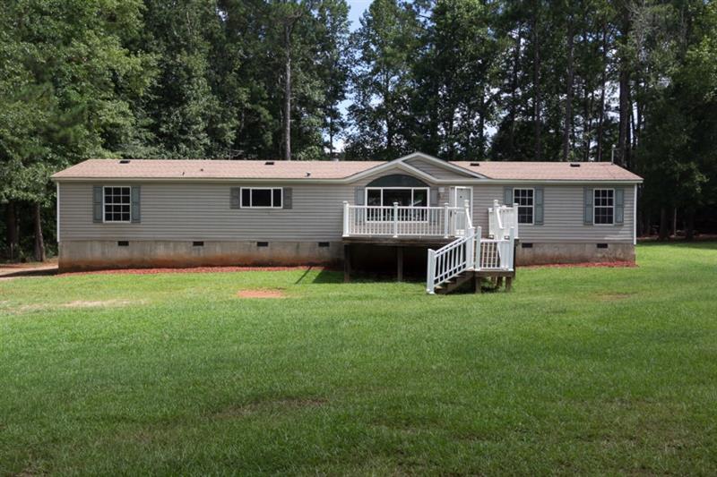 252 Whispering Pines Drive, Newborn, GA 30056