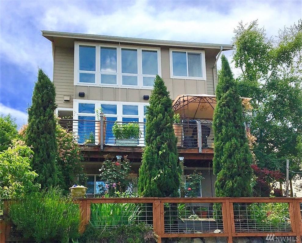 7132 30th Ave SW, Seattle, WA 98126