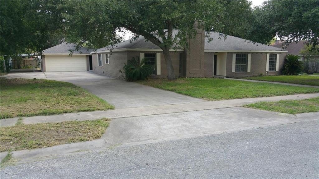 3601 Castle River Dr, Corpus Christi, TX 78410
