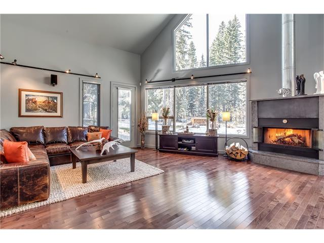 3 HIGHLANDS Boulevard, Bragg Creek, AB T0K 0K0