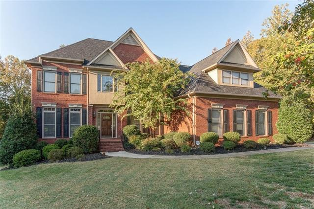 12107 Woodcliff Court, Charlotte, NC 28277