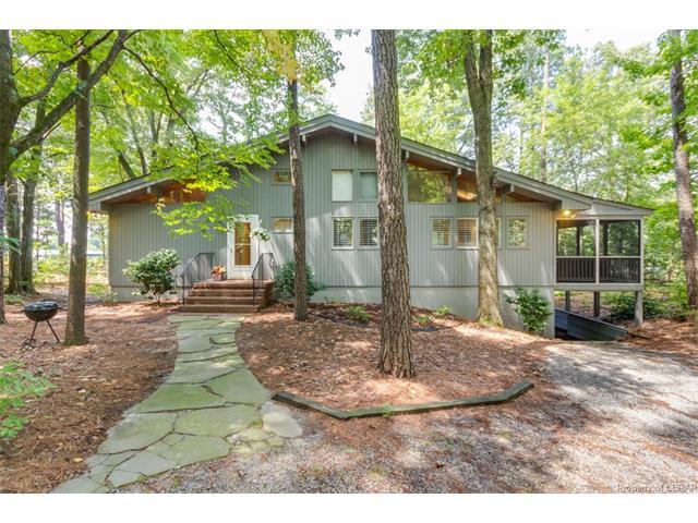 340 Porpoise Creek Road, Deltaville, VA 23043