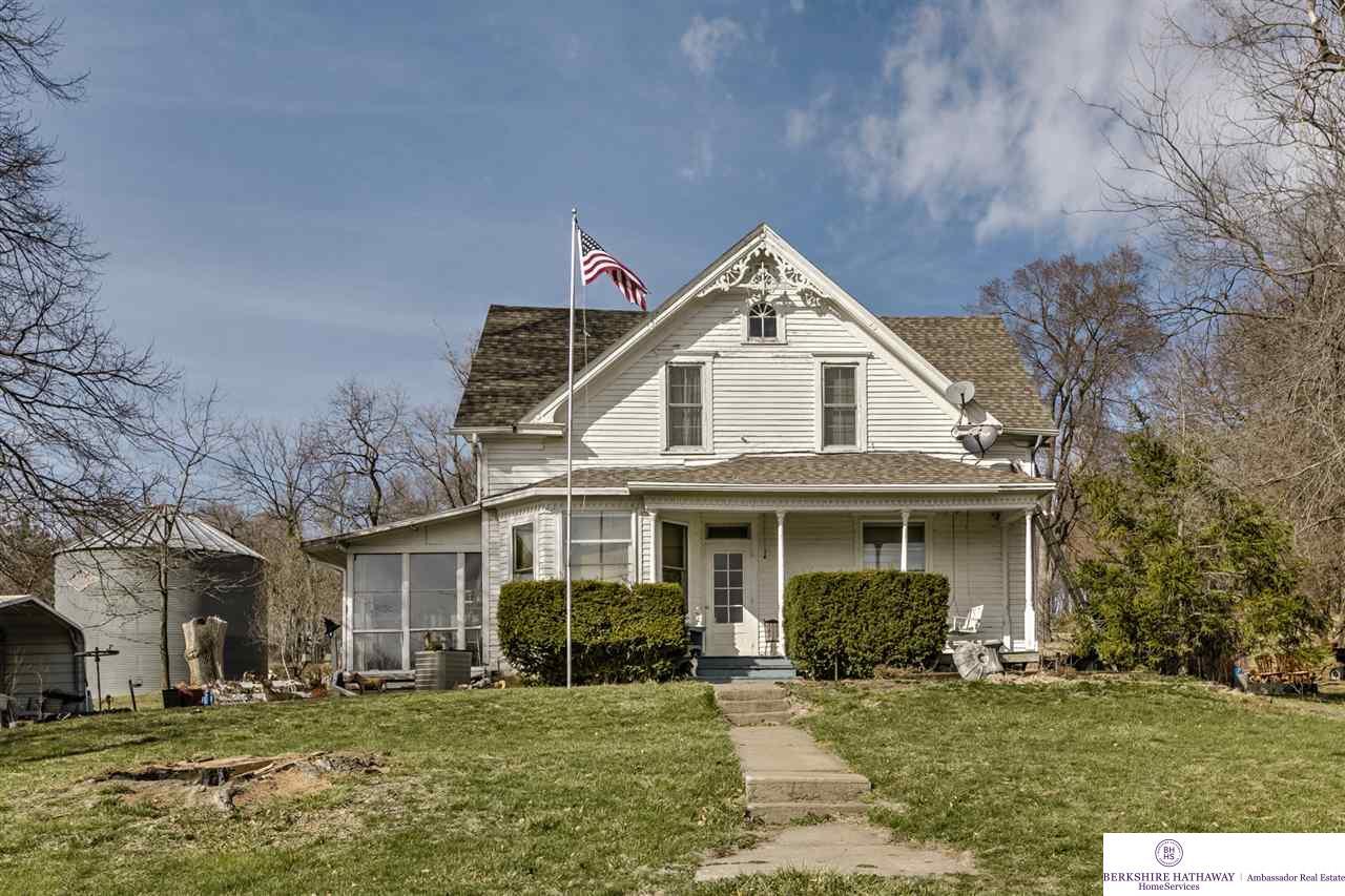 18808 Pawnee Road, Bennington, NE 68007