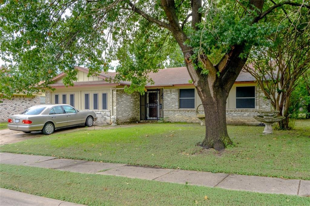 9511 Frostwood Street, Dallas, TX 75217