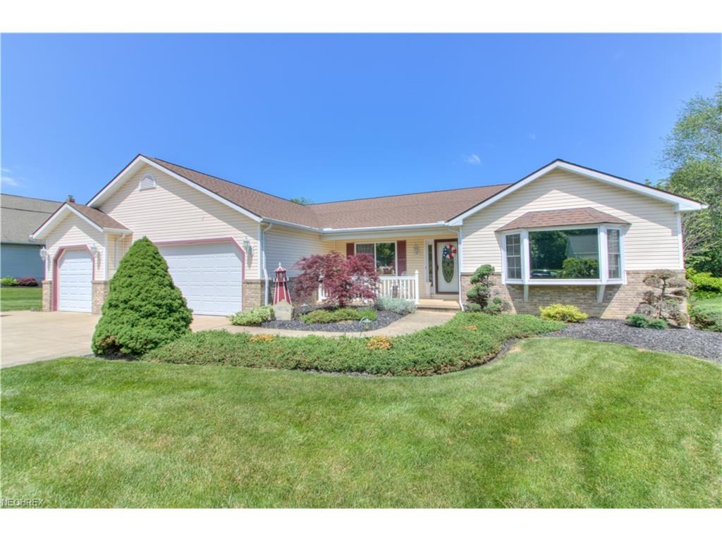 10005 Stone Hollow Rd, Mentor, OH 44060