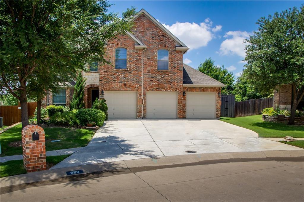 909 Hidden Springs Court, McKinney, TX 75071