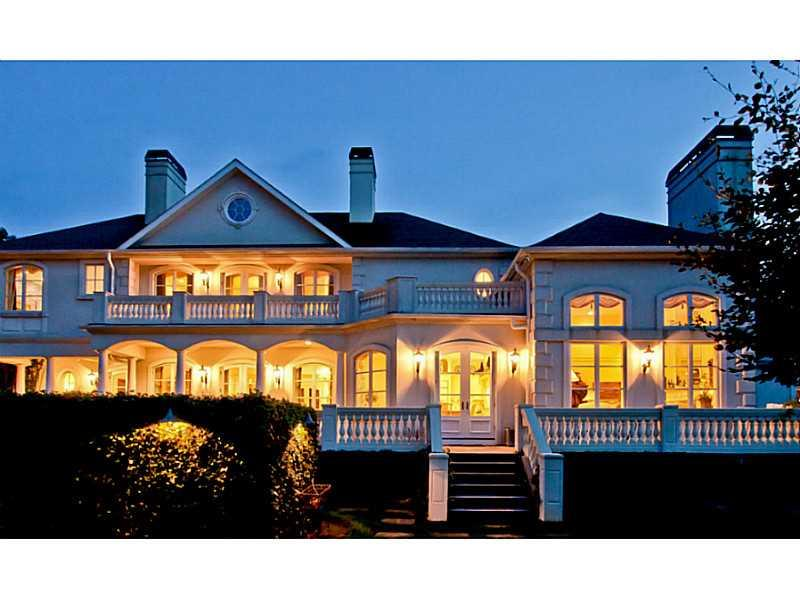 2061 FRENCHTOWN RD, East Greenwich, RI 02818