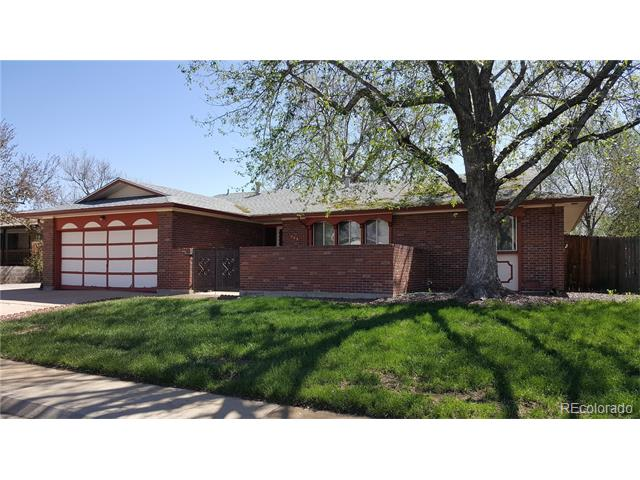 566 S Field Street, Lakewood, CO 80226