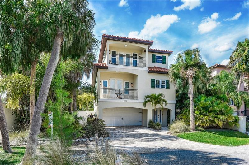 4002 5TH AVENUE, HOLMES BEACH, FL 34217