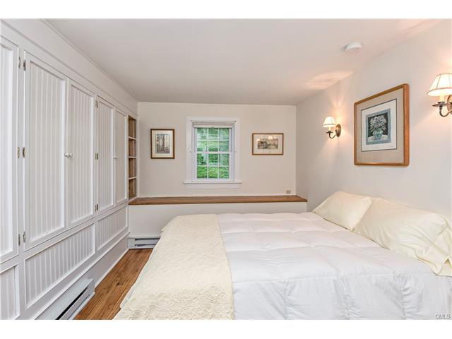Additional photo for property listing at 253 W Mountain Road  Ridgefield, Connecticut,06877 United States