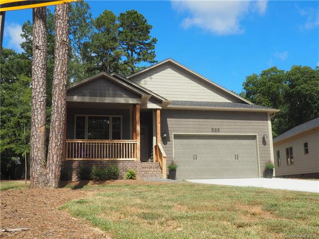 668 13th Ave Place NW, Hickory, NC 28601