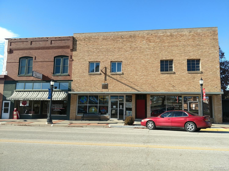 306 N Douglas Avenue, Ellsworth, KS 67439