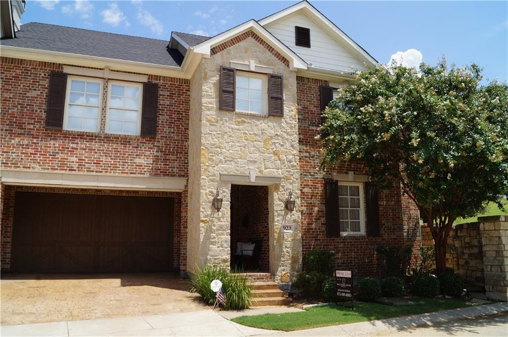 923 Grail Maiden Lane, Lewisville, TX 75056