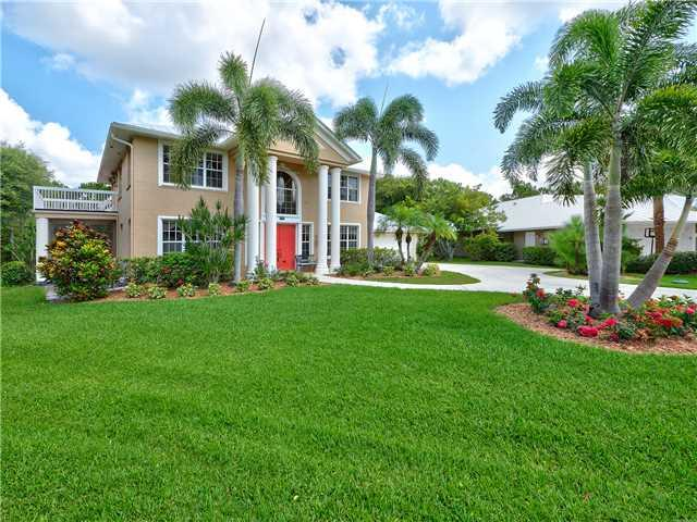 1729 SW Oakwater Point, Palm City, FL 34990