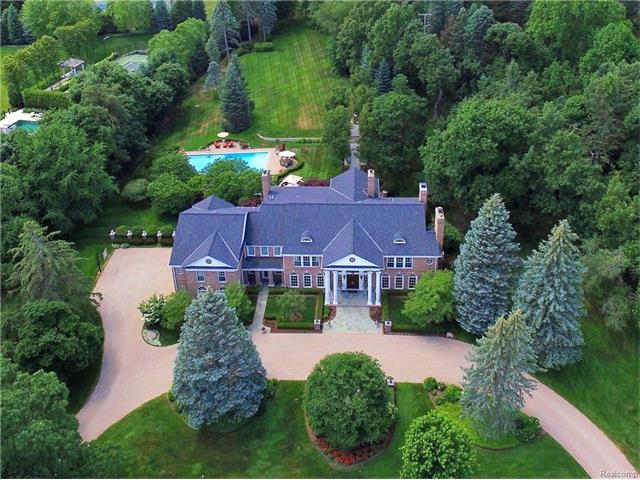 1115 COUNTRY CLUB Road, Bloomfield Hills, MI 48304