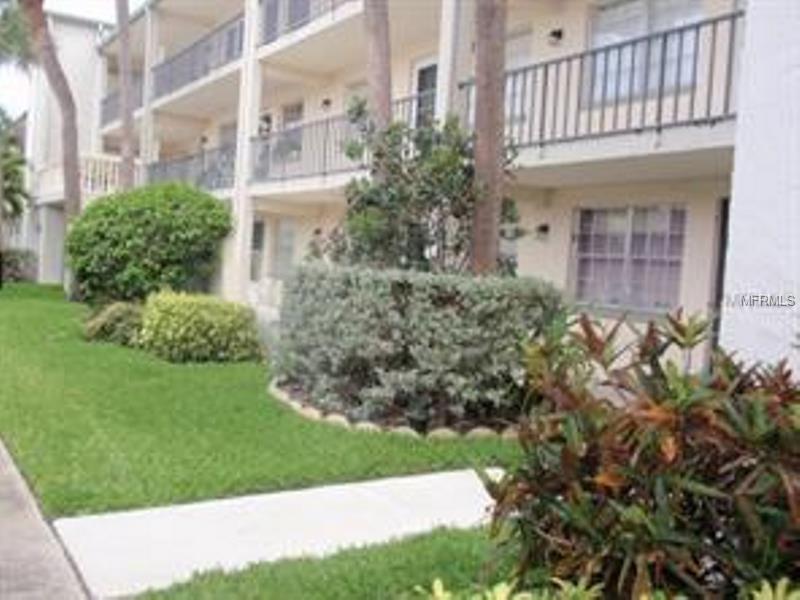 11720 PARK BOULEVARD 305, SEMINOLE, FL 33772