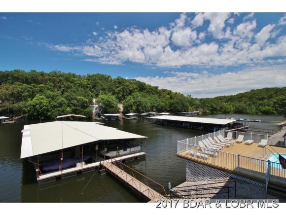 423 Summerhaven Rd 423, Lake Ozark, MO 65049