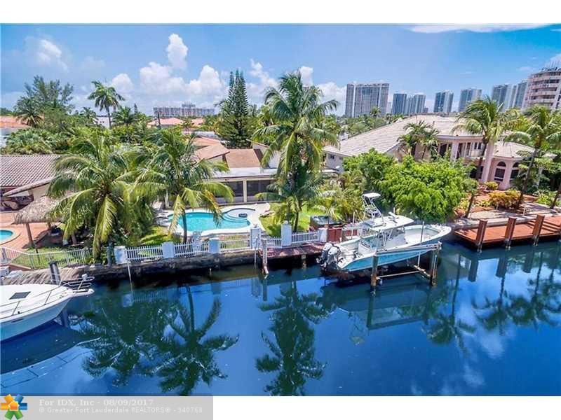 3440 NE 165th St, Miami, FL 33160