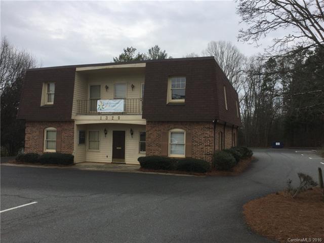 1320 Matthews Mint Hill Road, Matthews, NC 28105