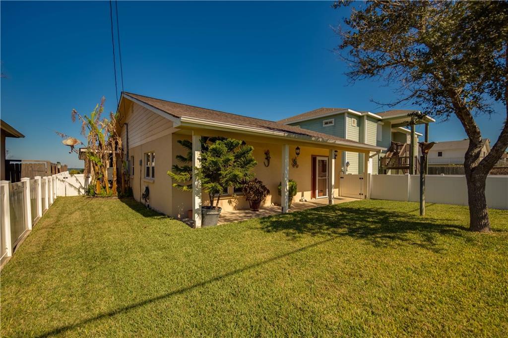 150 Copano Ridge Road, Rockport, TX 07832