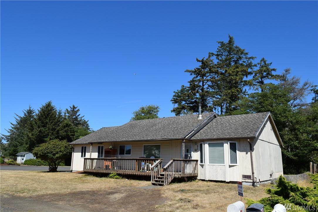 670 Lake Island Ave SE, Ocean Shores, WA 98569