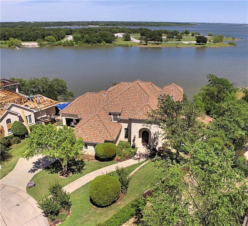 3097 Whispering Oaks Drive, Highland Village, TX 75077