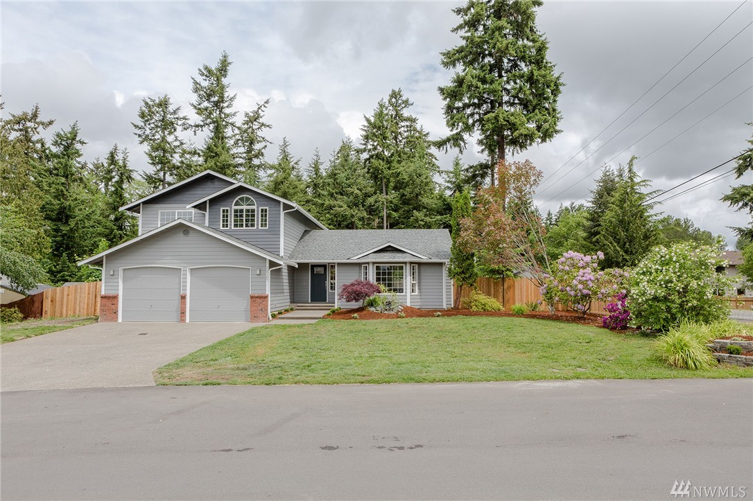 12107 140th Ct E, Puyallup, WA 98374
