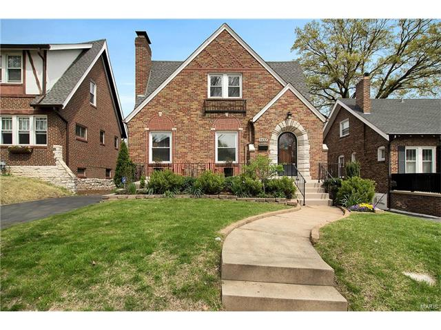 7457 Stanford Avenue, St Louis, MO 63130