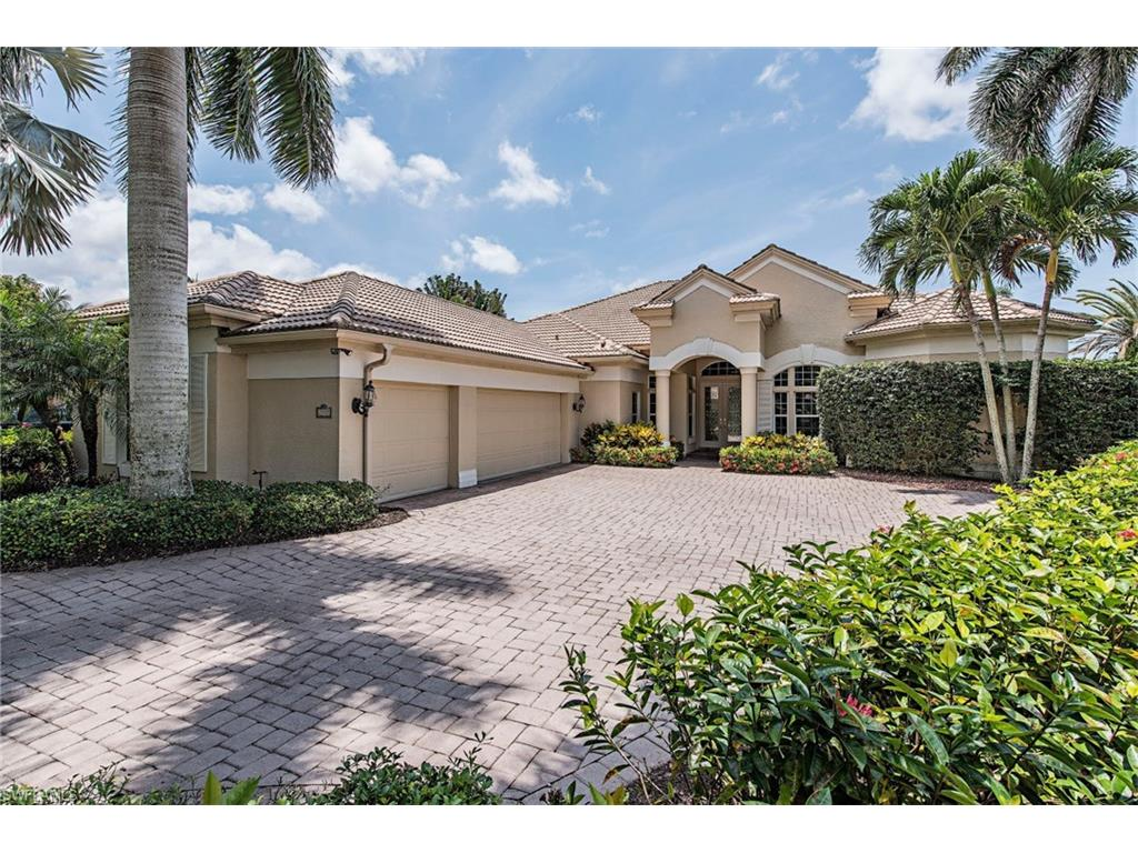 2905 Gardens BLVD, NAPLES, FL 34105