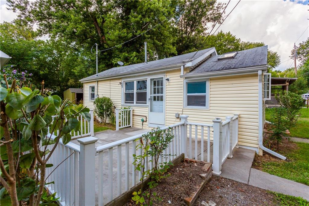 8512 CHARMOUTH Street, Richmond, NY 14471