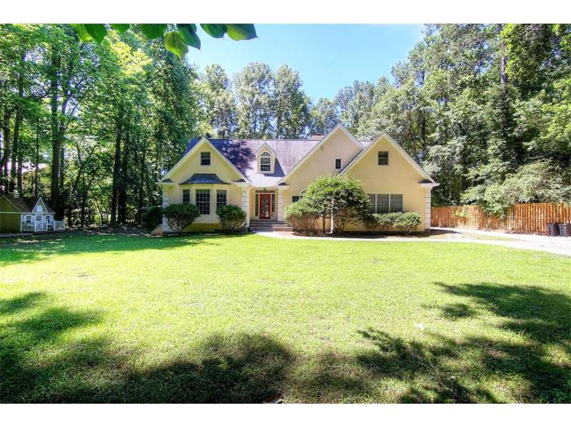 1765 Riverside Road, Roswell, GA 30076